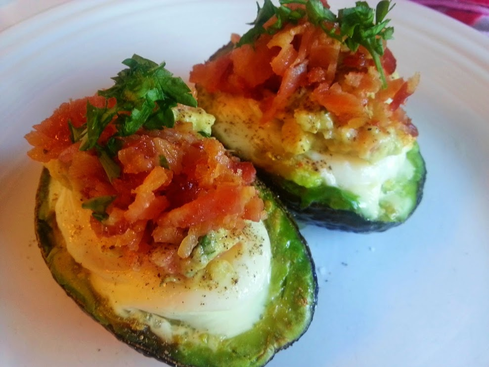 Recipes Course Breakfast Egg Dishes Baked Eggs in Avocado with ...