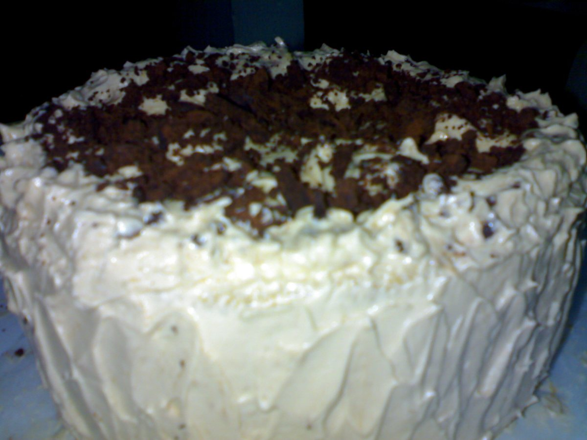 Buttermilk Cake with Spiced Vanilla Icing - BigOven 178536