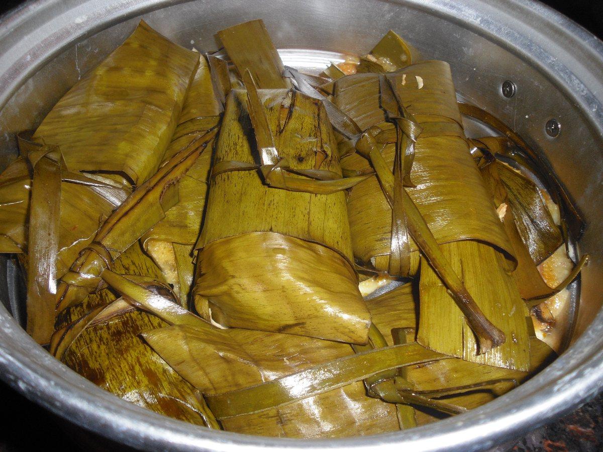 Vegetarian Banana Leaf Tamales Recipes — Dishmaps