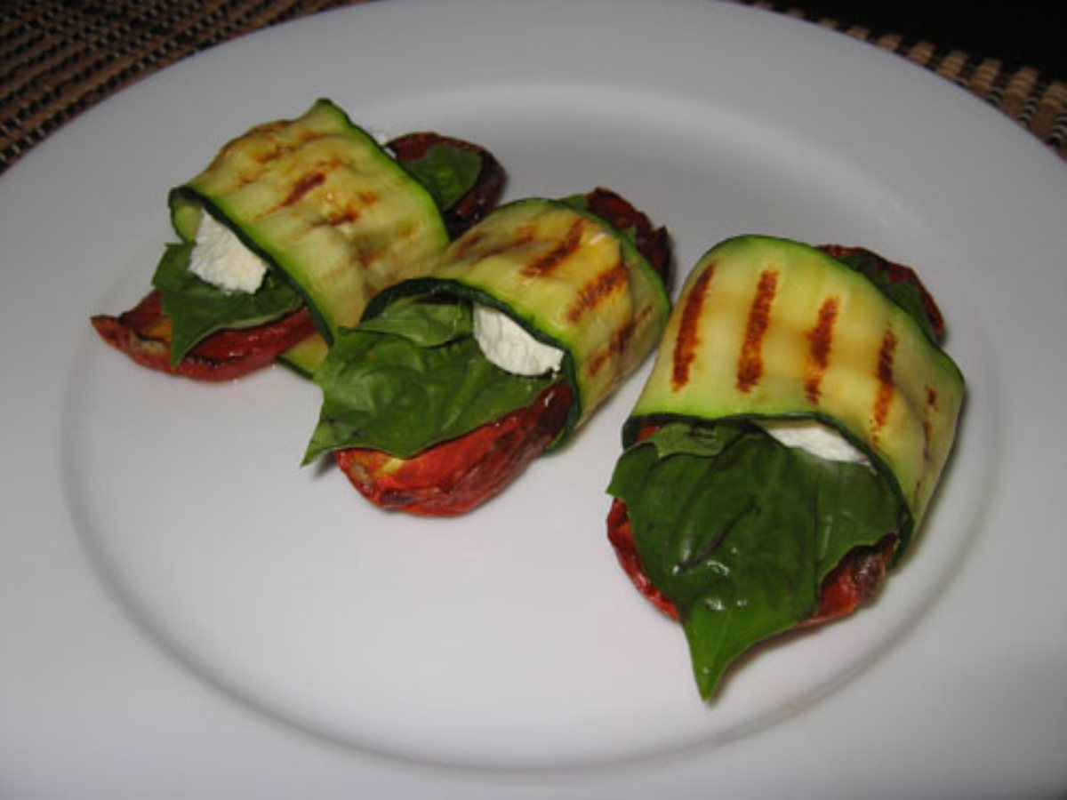 ... Wraps and Rolls Grilled Zucchini Wraps with Tomatoes and Goat Cheese