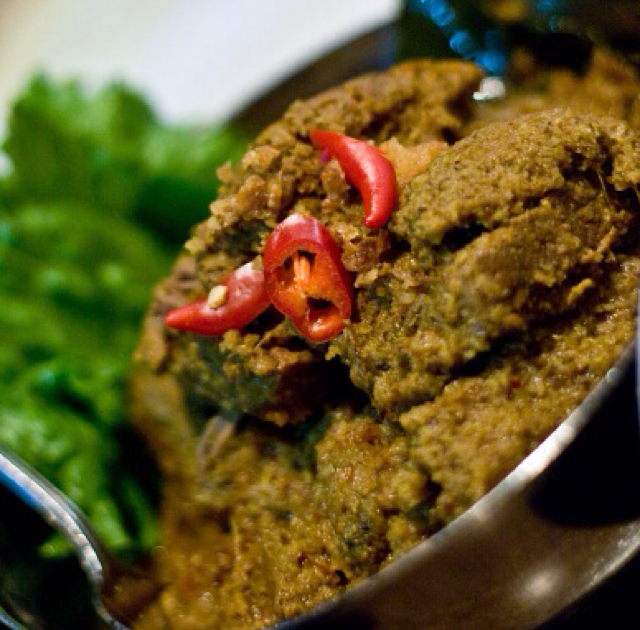 beef rendang recipe rendang daging recipes dishmaps beef rendang ...