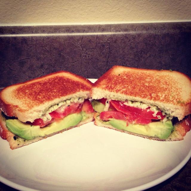 ... Dish Sandwiches and Wraps Mozzarella, tomato, pesto, avocado sandwich