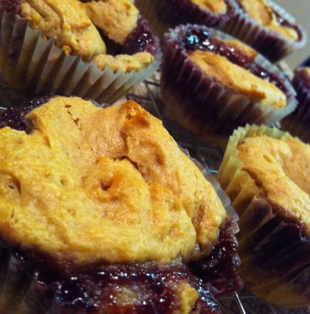 Peanut Butter Cupcakes With Peanut Butter Frosting And Jelly Recipes ...