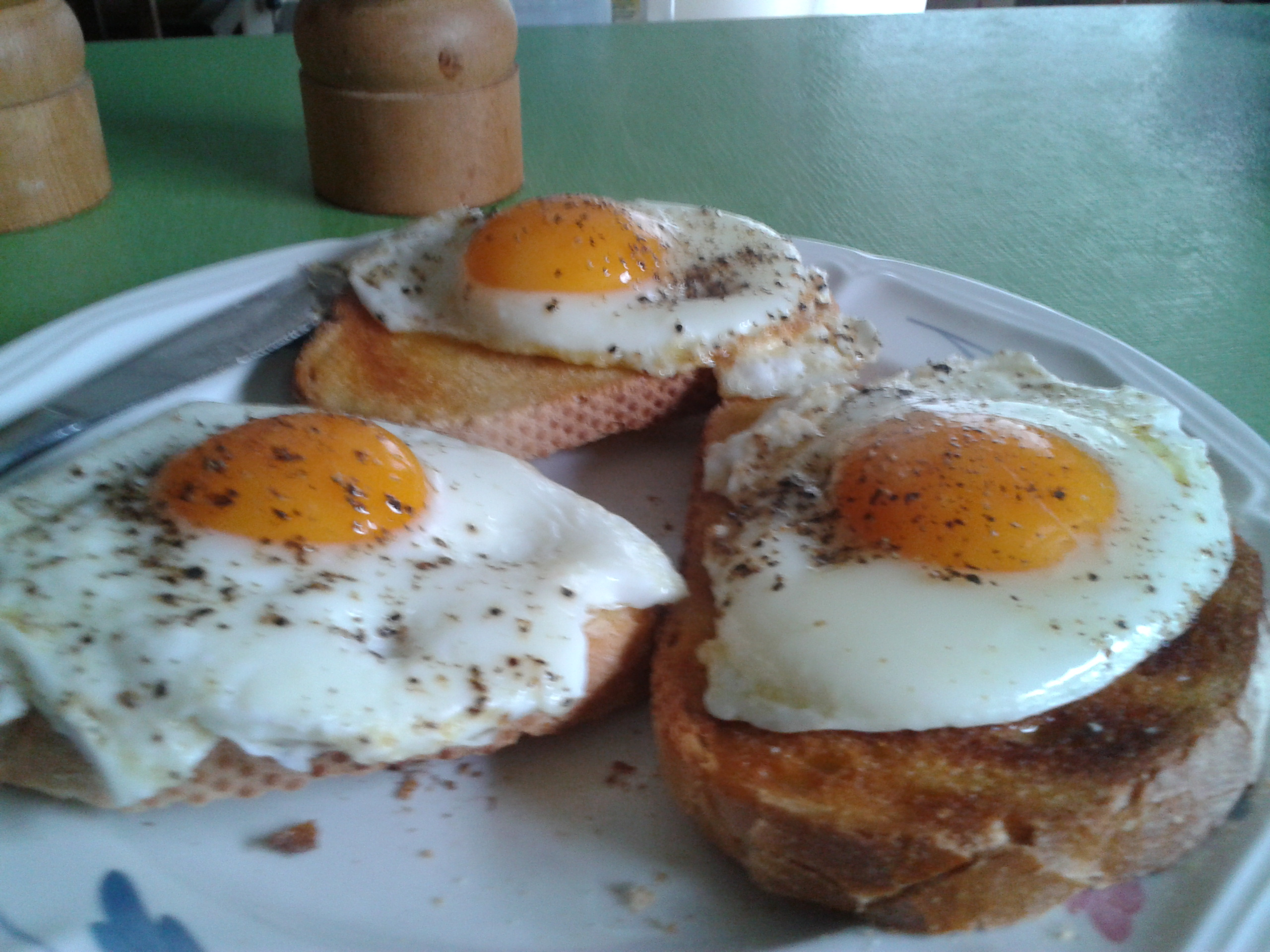 Perfect Fried Eggs - BigOven 163646
