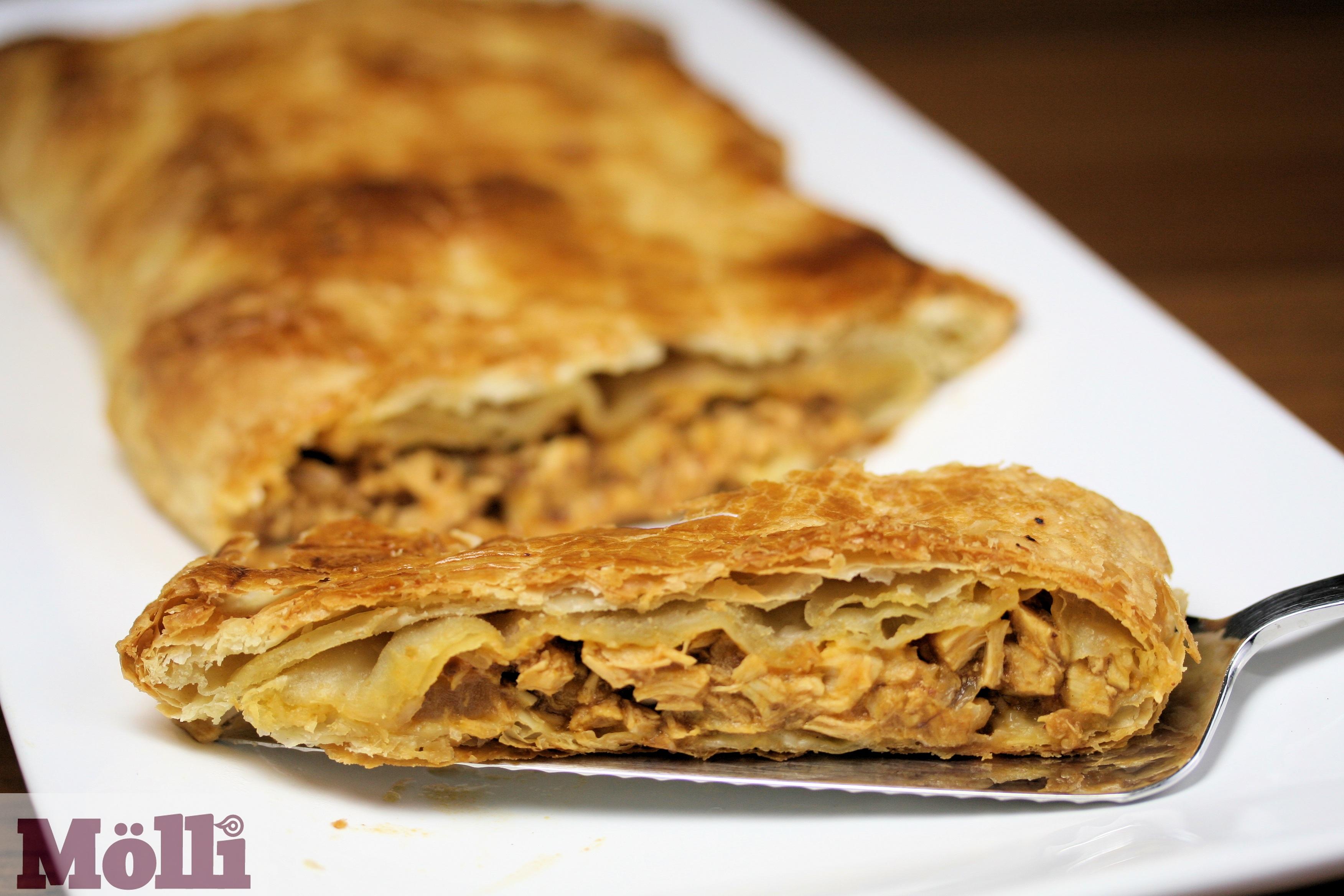 Puff Pastry Tuna Empanada (Molli Morelos sauce) - BigOven 659162