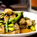 Beef and Asparagus with Oyster Sauce