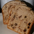 Bread Machine Annes Apple, Raisin and Nut Cake