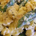 Brie and Asparagus Scramble