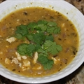 Chicken chili soup ( by Sarah Fragoso )