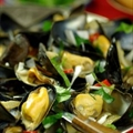 Goan Warm Mussel Salad (Tisru)