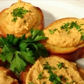 Hummus & Crostini