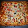 Jeffs Grilled Chicken White Pizza Magnifico