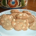 Macadamia Nut White Chocolate Cookies