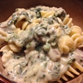 Mushroom spinach Alfredo sauce