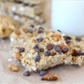 No-Bake Peanut Butter Pretzel Chocolate Chip Granola Bars