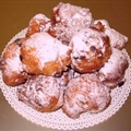 Oliebollen - Dutch Doughnuts