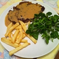 Pepper crusted steak with whisky sauce