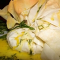 Phyllo Parcels with Prawns, Hollandaise Sauce and Dill