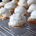 Snowflake Cupcakes with White Frosting