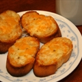 Toasted Garlic Bread with Cheese