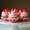 Vanilla Cupcake with Strawberry Buttercream Frosting