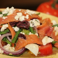 Alaskan Smoked Salmon Nicoise Salad with Alouette Crumbled Feta
