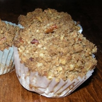 Apple and Oat Muffins with Pecan Topping
