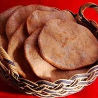 Arabic Bread, Pita (Khubz 'Arabee)