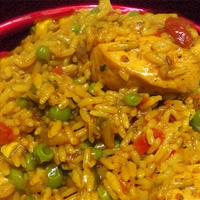 Arroz con Pollo (Spanish Rice with Chicken)