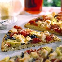 Artichoke Turkey Pizza