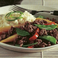 Beef with Snow Peas & Baby Corn