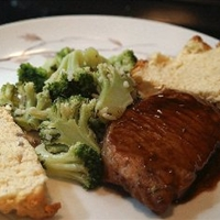 Blackberry Glazed Pork with Mixed Rice and Broccoli - Weight Watchers