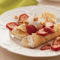 Brunch - Banana & Strawberry Crepes