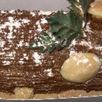 Buche De Noel (Christmas Log Cake)
