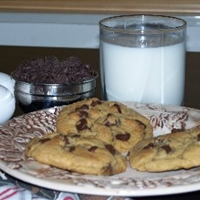 Butter Flavored Crisco Ultimate Chocolate Chip Cookie