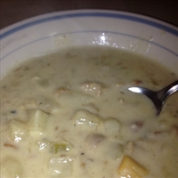 Carey's Rich & Creamy New England Clam Chowder