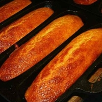 Cayenne Corn Bread Sticks