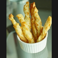 Cheese Sticks (eggless)