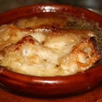 Cheesy Golden Onion Soup
