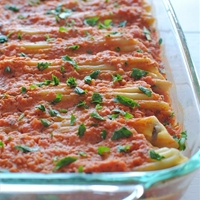 Chicken, Spinach, and Mushroom Manicotti