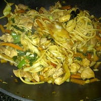 Chicken Stir Fry Noodles