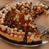 Chocolate Turtle Dessert Pizza