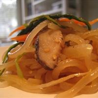 Chop Che (Korean Clear Noodle Dish)