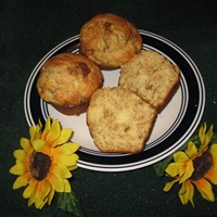Cinnamon-Ripple Coffee Cake Muffins