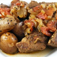 Crock Pot Garlic Short Ribs and Herb Potatoes