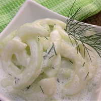 Cucumbers in Sour Cream with Fresh Dill
