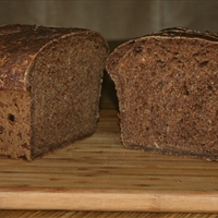 Dark Pumpernickel Onion Bread