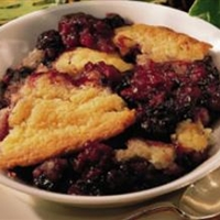 Easy Blackberry Cobbler