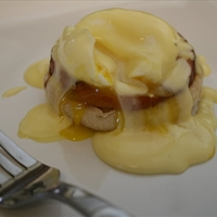 Eggs Benedict