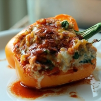 Enchilada Chicken & Quinoa Stuffed Bell Peppers